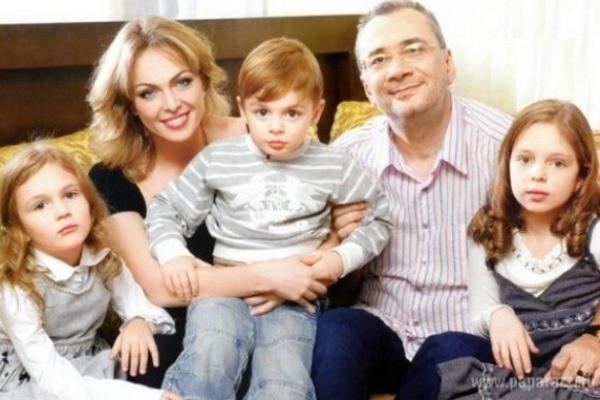 Первая семья Константина Меладзе: жена, дочери и сын
