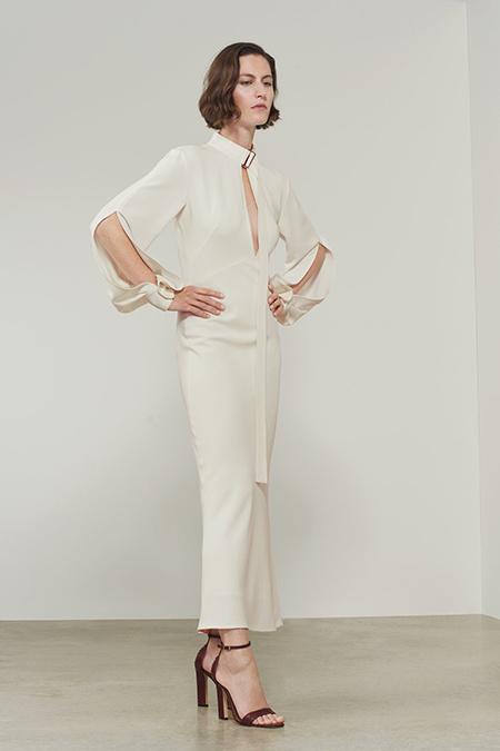 Ничего лишнего - Виктория Бекхэм показала как должна выглядеть невеста выпустив коллекцию свадебных платьев