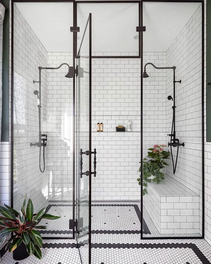 Black & White Bathroom By Michelle Dirkse