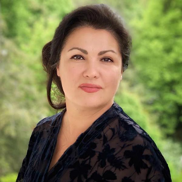 47-летняя Анна Нетребко резко ответила на вопрос о похудении ...