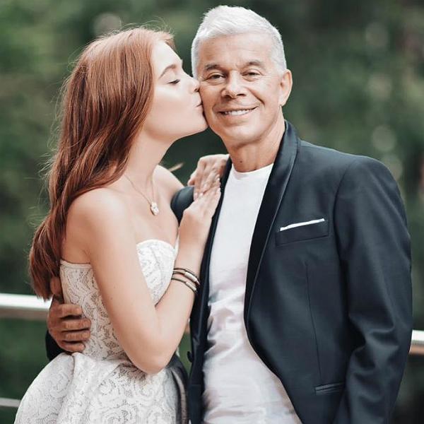 68-летний Олег Газманов трогательно поздравил дочь с 16-летием ...