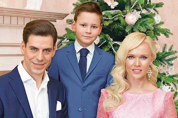 Жена и дети Дмитрия Дюжева. Тайны личной жизни актера / Статьи