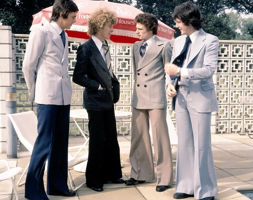 Одежда в стиле 70-х годов для мужчин и женщин: особенности образа