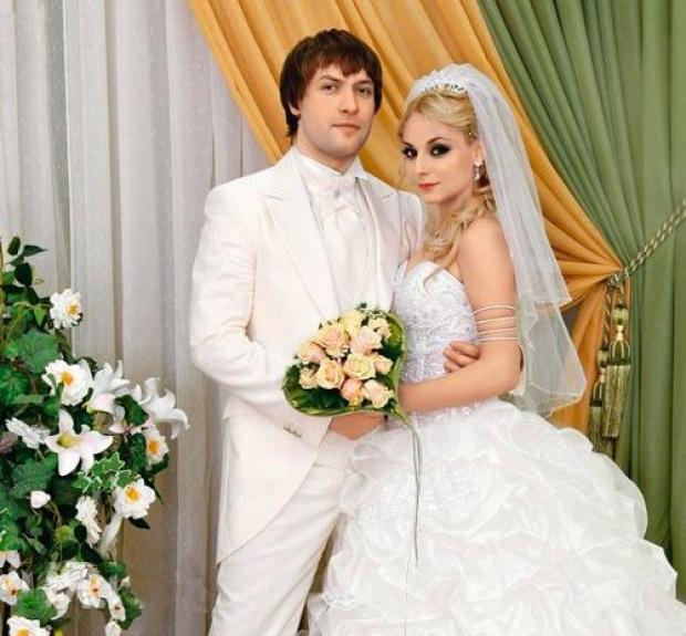 Звезда сериала «Счастливы вместе» Дарья Сагалова выставила мужа из дома (ФОТО) |