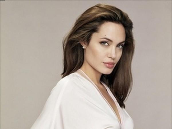 Анджелина Джоли / Angelina Jolie - Досье на звезд и знаменитостей ...