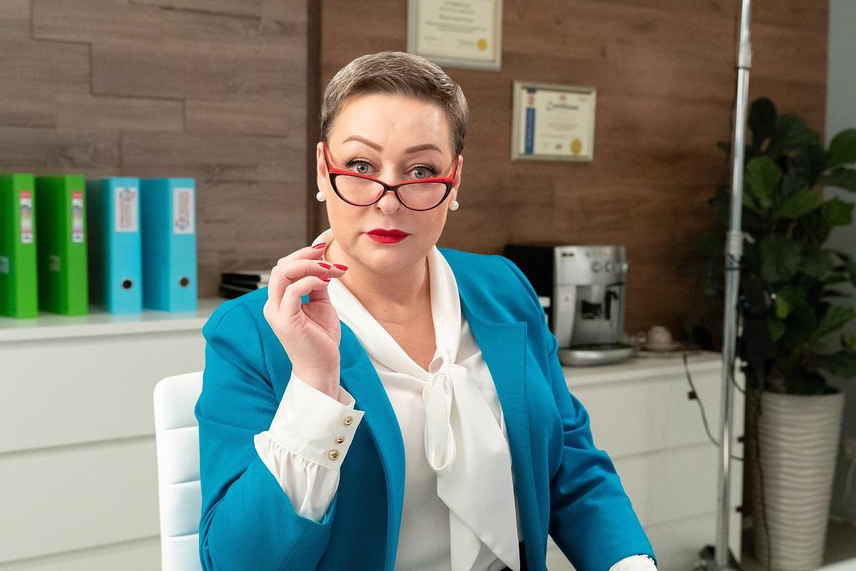 Популярная актриса Мария Аронова похудела, сменила имидж и стала просто неузнаваемой