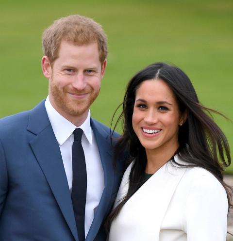 Стала известна причина, почему Меган Маркл и принц Гарри сложили королевские полномочия | StarHit.ru