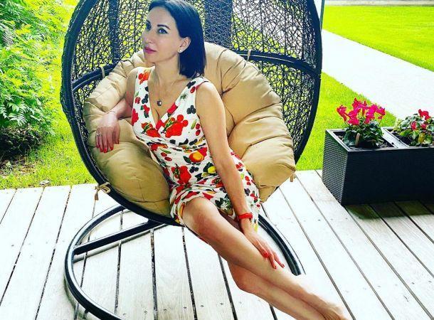52-летняя Алика Смехова показала фигуру в купальнике - Тренды Новостей