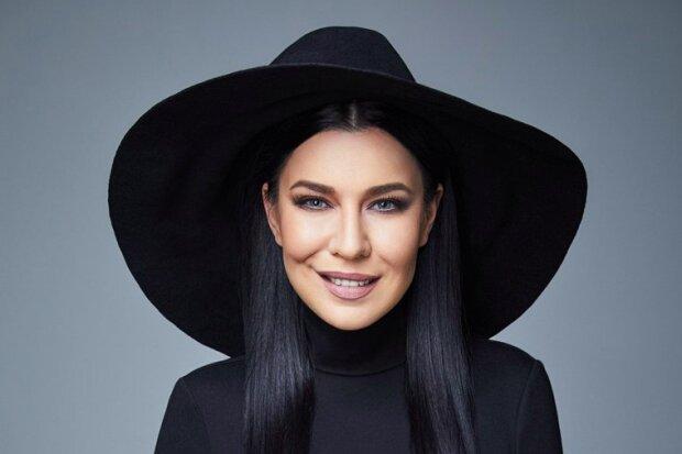 Певица Елка кардинально изменилась после побега в Россию - ЗНАЙ ЮА