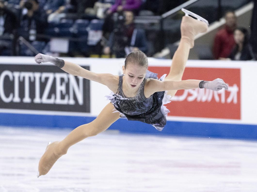 Малышка на миллион. 15-летняя фигуристка Александра Трусова в одиночку летит в будущее