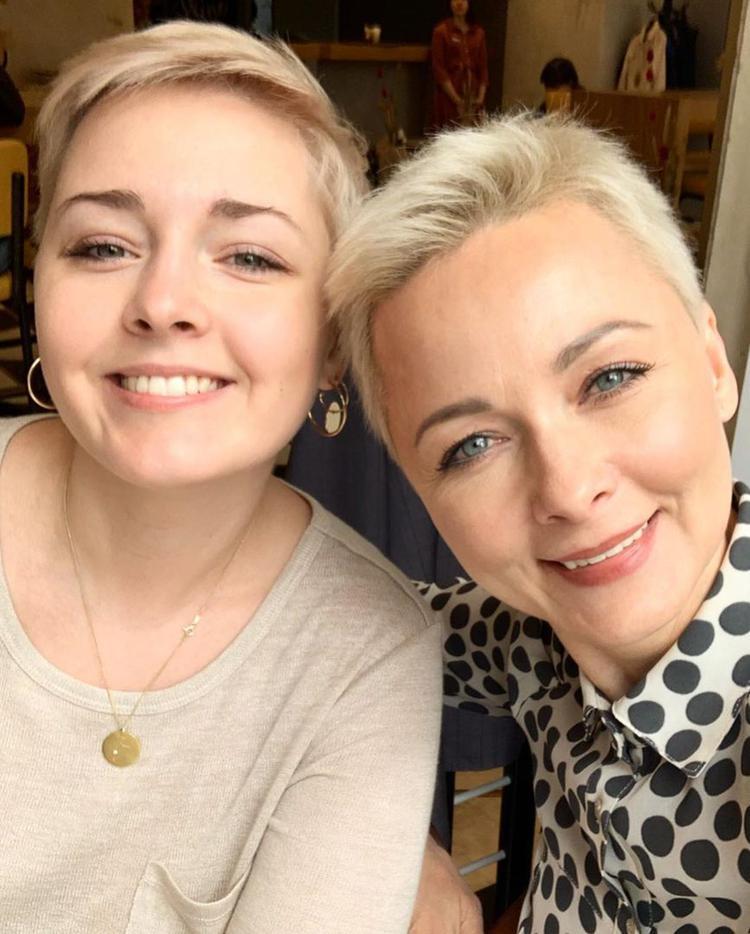 Мы очень похожи»: Дарья Повереннова рассказала о воспитании дочери | Passion.ru