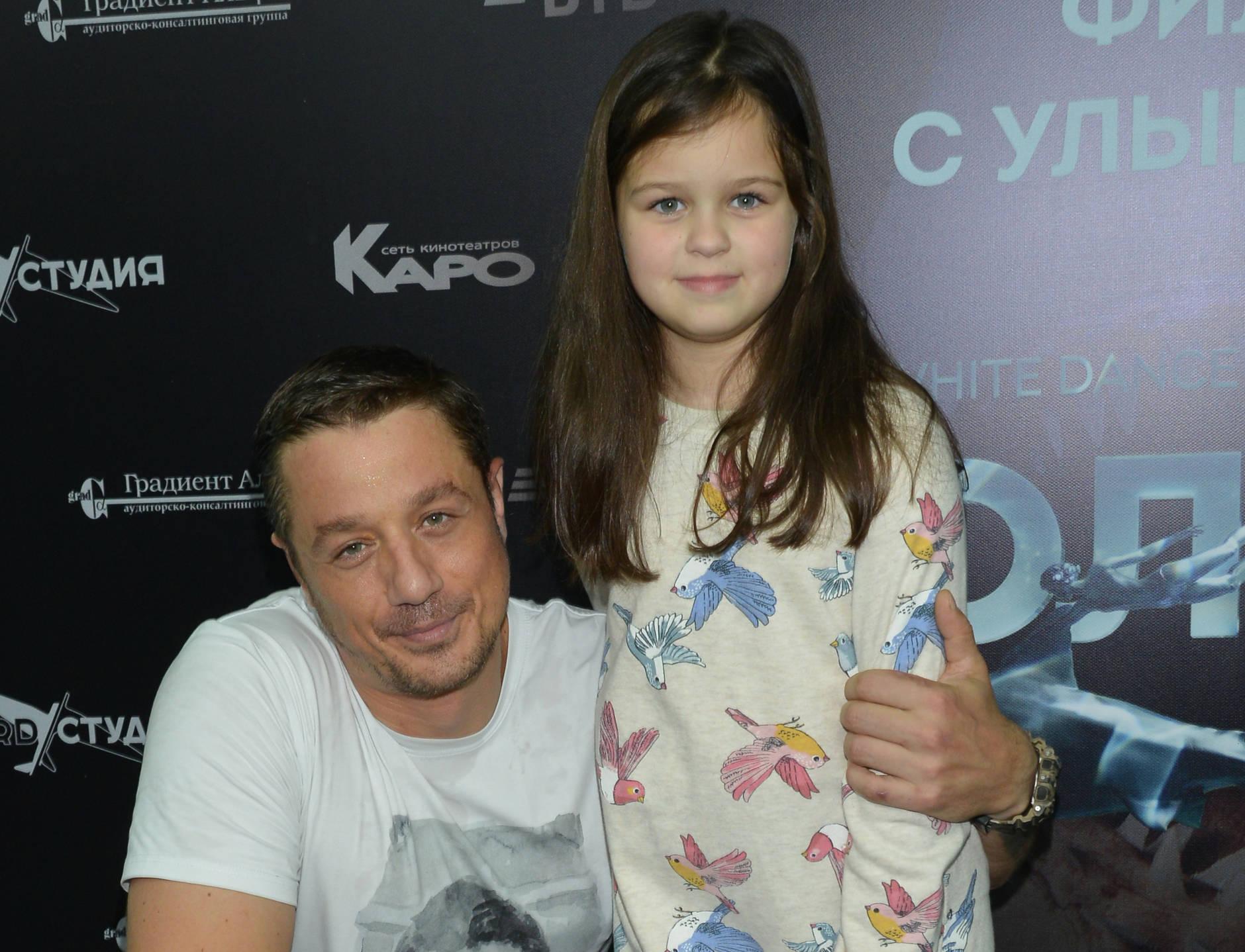Алексей Макаров не собирается платить дочери алименты
