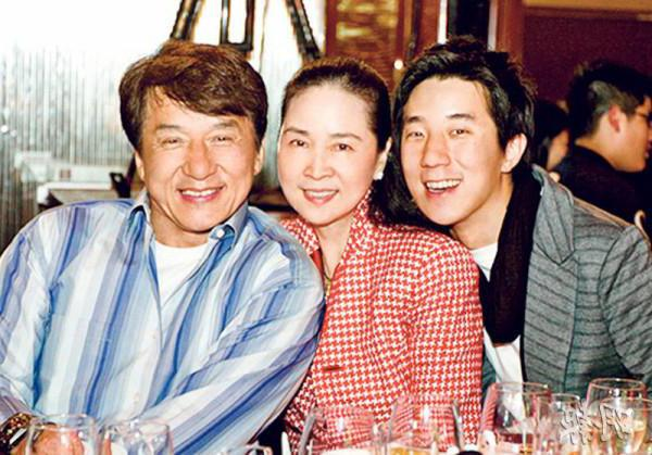 Линь Фэнцзяо – актриса, супруга Джеки Чана :: SYL.ru