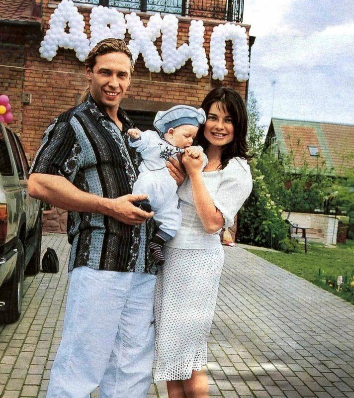 Последние фото взрослого сына Наташи Королёвой и Тарзана