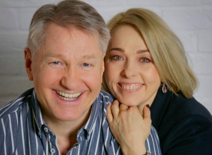 49-летняя Анна Легчилова и 62-летний Игорь Бочкин признались, что стали родителями | В Тренде